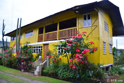 Yellow house lodge