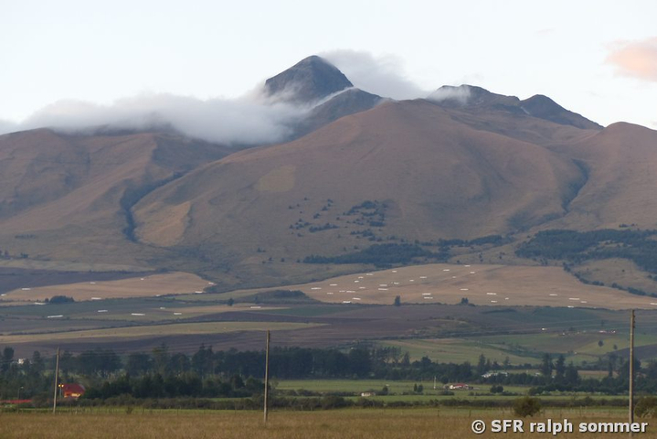 Corazon Vulkan am Morgen, Ecuador